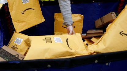 """Amazon vervangt kartonnen doos door sticker op originele verpakking, klanten misnoegd :""""Jullie verpesten onze kerst"""""""