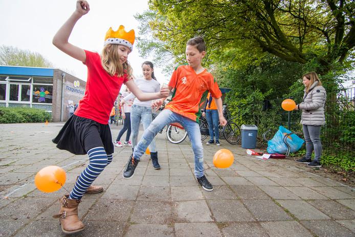 De Koningsspelen zijn in volle gang op de Prinses Margrietschool in Nieuwegein.