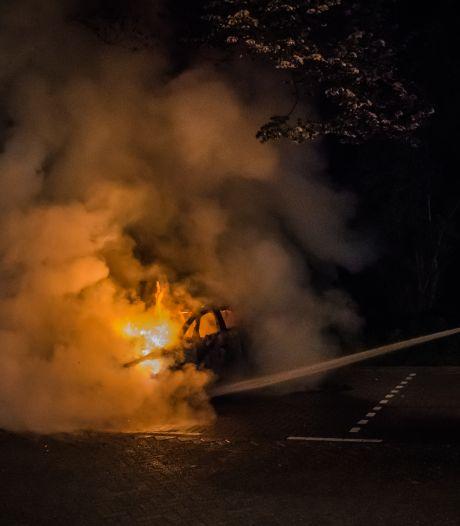 Burgemeester: 'Alles uit de kast om hufterig gedrag rond autobranden aan te pakken in Leidschendam'