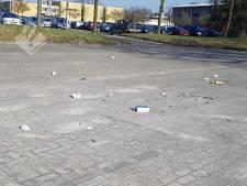 Parkeerplaats in Enschede ligt vol lachgas-patronen