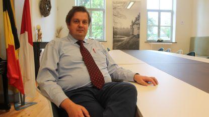 Ex-schepen Van Ginderdeuren veroordeeld tot 3 jaar cel, deels met uitstel, voor gesjoemel als voorlopig bewindvoerder