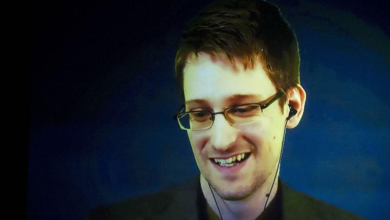 Edward Snowden, klokkenluider van het NSA-schandaal. Het Genootschap wil meer waarborgen voor tipgevers. Beeld null