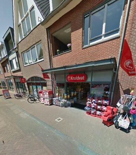 Zes winkeldieven op heterdaad betrapt in Nieuwleusen