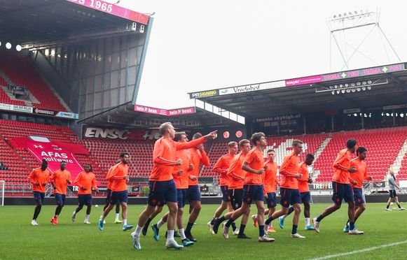 De spelers van Antwerp trainden al in de Grolsch Veste. Fans van The Great Old, zijn zoals geweten níet welkom in het stadion van FC Twente.