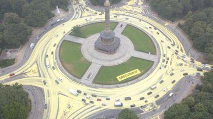 Greenpeace zet duurzame energie letterlijk en figuurlijk in de (gele) verf in Berlijn