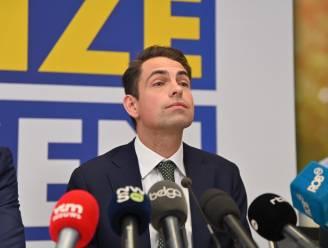"""Van Grieken wil """"niet aan de zijlijn blijven staan"""": """"Niet onlogisch dat grootste partij en grote winnaar handen in elkaar zouden slaan"""""""