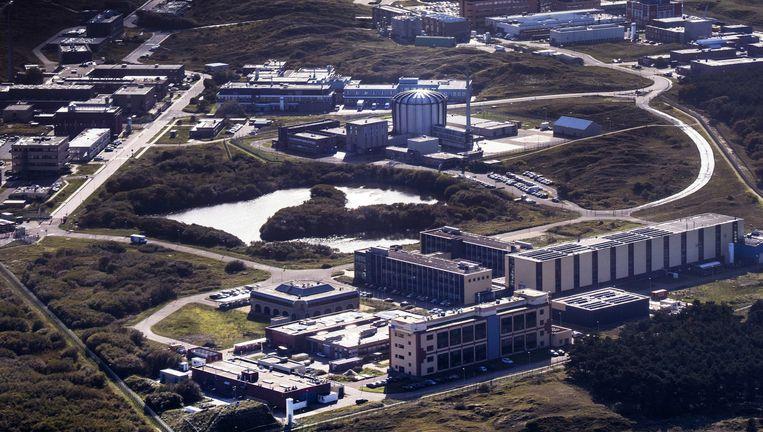 'Is het logisch dat er wel veiligheidsmensen staan bij NS-poortjes, maar niet bij de reactor in Petten?' Beeld Raymond Rutting