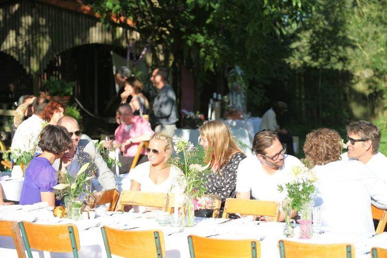 Gezellig tafelen bij Japie's Hof Beeld Japie's Hof