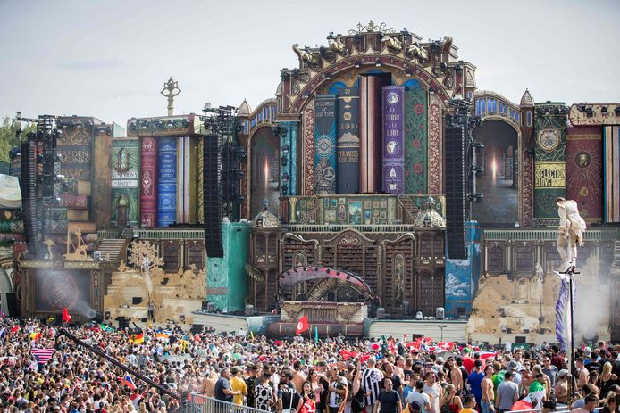 Hoofdpodium Tomorrowland 2019.