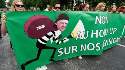 """Pensioenminister Bacquelaine: """"Mocht het beeld van de vakbonden over mijn wetsontwerp het ontwerp zijn dat ook echt op tafel ligt, ik zou mee betogen"""""""