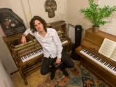 Op het vierde album van Why Tony speelt piano de hoofdrol