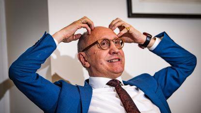"""De nuchtere kijk van Johan Vande Lanotte (64): """"Nieuwe regering? Ik zou er geen bak bier op verwedden"""""""