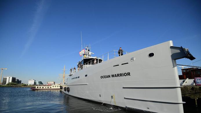 Met het nieuwe schip kan actiegroep Sea Shepherd sneller en beter 'bewapend' op walvisjagers af.