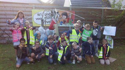 Leerlingen basisschool Dr. Jozef Weyns houden straten schoon