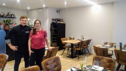 Van lingeriewinkel naar restaurant Hartig: jong koppel heet 42 hongerigen welkom