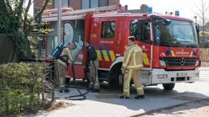 Opnieuw haag in brand door onkruidbrander