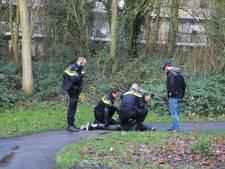 Man trekt mes en bedreigt buurtbewoners rondom Delftse Bachsingel
