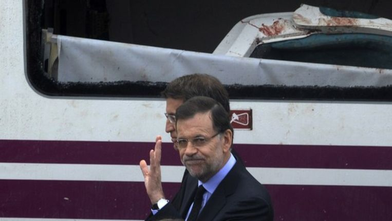 De Spaanse premier Mariano Rajoy bezoekt de treinramp Beeld ANP