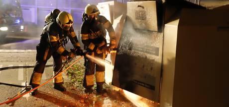 Drie kledingcontainers kort na elkaar in brand  in Gennep, Oeffelt en Cuijk