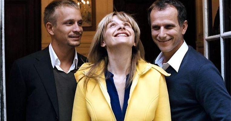 Jérémie Renier, Juliette Binoche en Charles Berling in 'L'heure d'été' van Olivier Assayas. Beeld