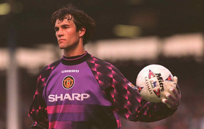 Raimond van der Gouw als goalie van Manchester United.