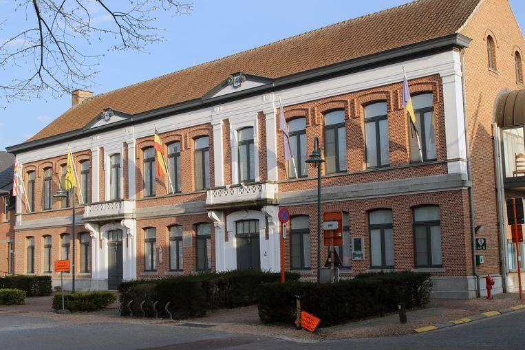 Illustratiebeeld: het gemeentehuis in Kasterlee.