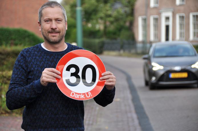 Chris Beaart, bewoner van de Benedenkerkstraat en lid van Platform Waspik