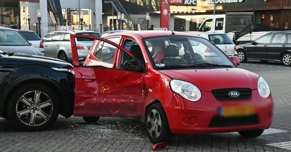 Ongeval bij McDonalds in Enschede: traumahelikopter geannuleerd.