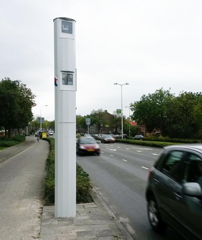 Flitspaal aan de Eisenhowerlaan in Alphen.