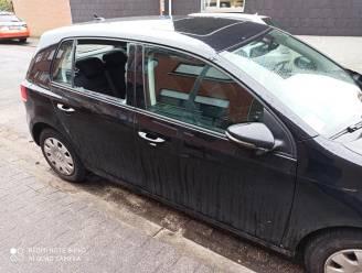 Laptop uit auto gestolen