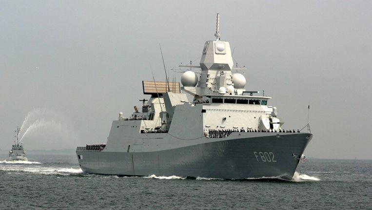 Het Nederlandse fregat De Zeven Provinciën doet vanaf maandag mee aan een vlootverband van tien schepen uit acht NAVO-landen die samen ballistische raketten moeten onderscheppen. Beeld anp