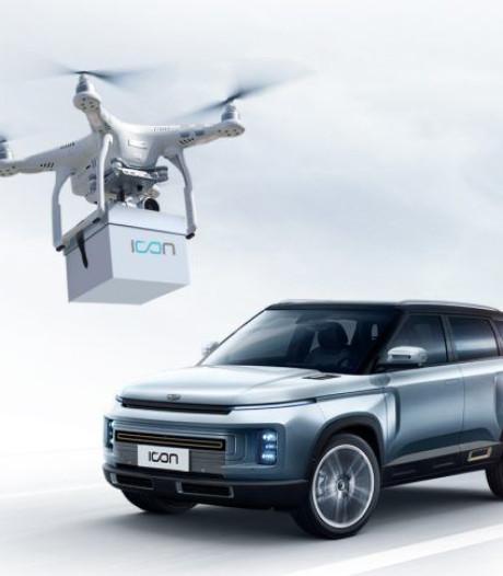 Chinese fabrikant levert nieuwe auto's af met behulp van drones