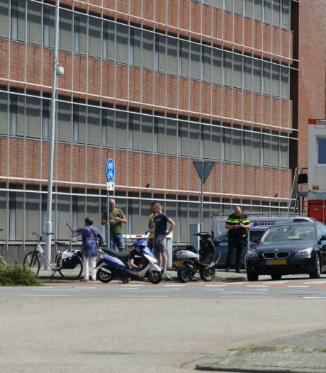 Botsing tussen auto en scooter in Amersfoort