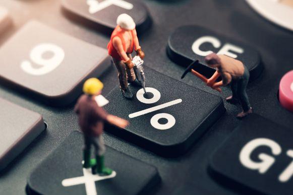 De banken hebben er bij een Europese lage kortetermijnrente weinig baat bij om mensen te belonen.