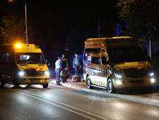 Fietser en maaltijdbezorger gewond door botsing in Elst