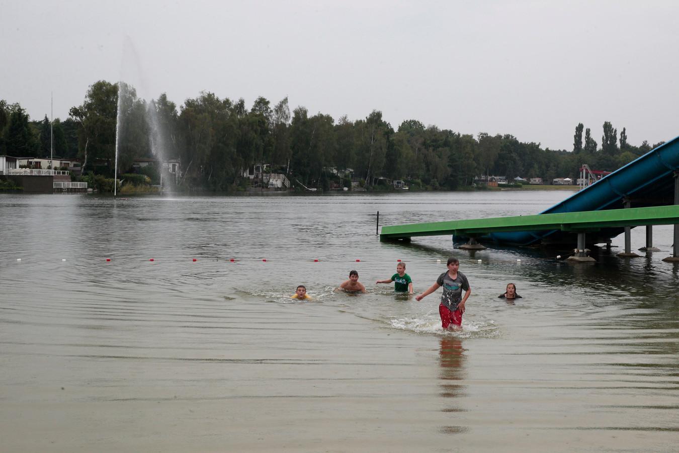 Het recreatiebad op park Prinsenmeer.