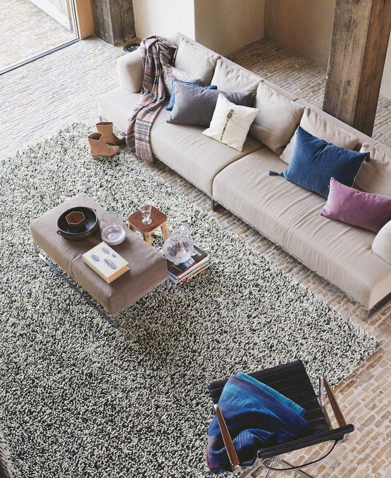 Hoogpolog tapijt Rocks van Brink & Campman, richtprijs: 1.029 euro (200 x 140 cm), www.onlinetapijten.be