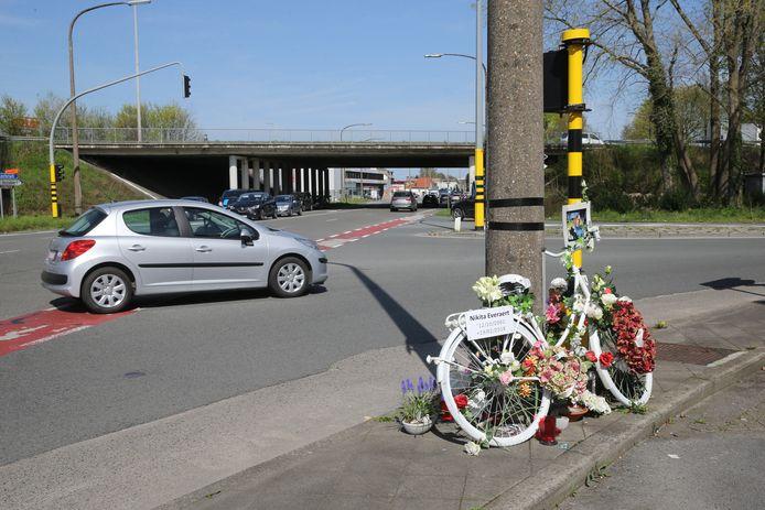 Het kruispunt Antwerpsesteenweg - Orchideestraat, waar de jonge Nikita Everaert werd dood gereden, wordt volgend jaar heraangelegd