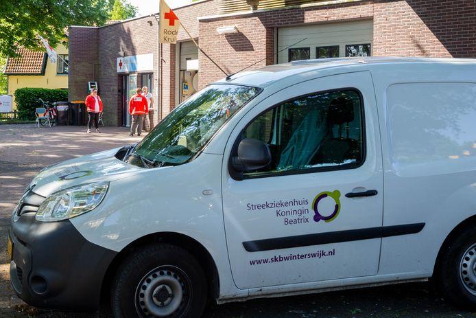 In het gebouw van de Rode Kruis-afdeling Berkelland in Borculo wordt een prikpost van het SKB ingericht.