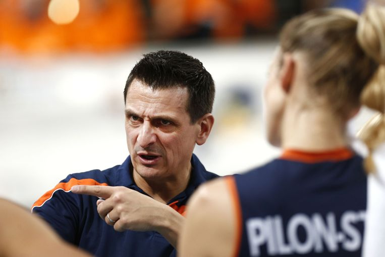 Coach Giovanni Guidetti. Beeld null
