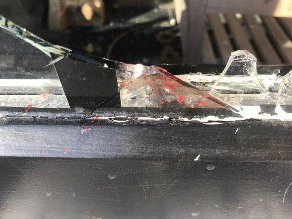 Een inbreker verwondde zich aan een scherf.