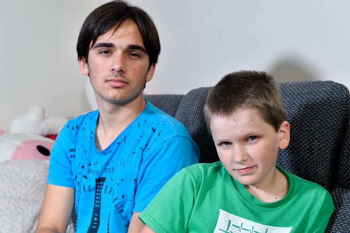 Maksim (l) en Denis Andropov.