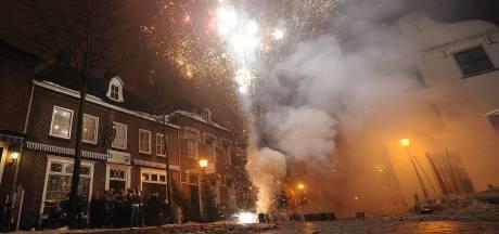 Speciaal vuurwerknummer vanaf zondag in de lucht, meer boa's op straat in Cuijk, Grave en Mill