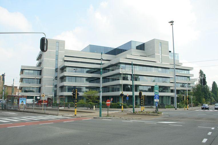 Het AXA-gebouw in Berchem.