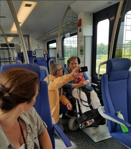 OV-race strandt in Olland: rolstoel kan niet in buurtbus