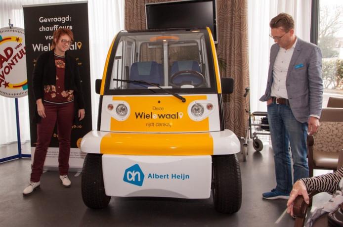 Dit is de nieuwe elektrische dorpsshuttle die vanaf vrijdag in Strijen gaat rijden.