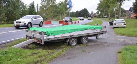 Aanhanger op hol in Steenwijk