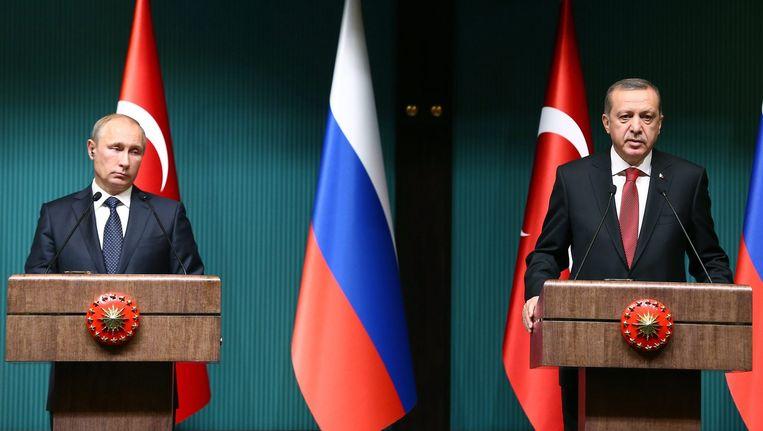 De presidenten Poetin en Erdogan, hier twee jaar geleden in Ankara. Beeld anp