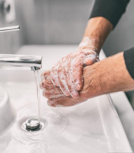 Dermatoloog over het verzorgen van je handen: 'Gebruik geen bodylotion'