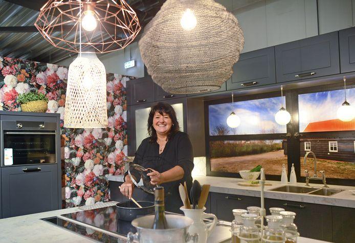 Nelleke Geluk staat zelf ook graag in de keuken.
